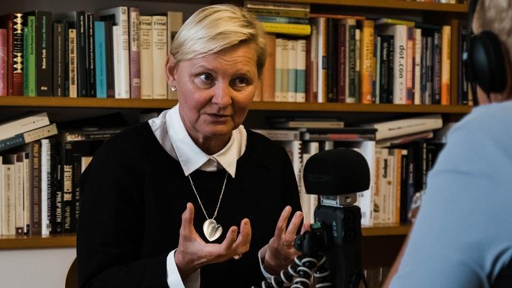 FrauenFunk #30: Sandra Frauenberger, Geschäftsführerin Dachverband Wiener Sozialeinrichtungen